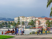 A seaside promenade from the park leads to the bord de mer of Menton.