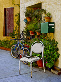 The home of a plant lover in the old village of Leucate.