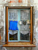 This is the way most laundry gets dried in the South of France.